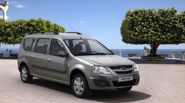 Lada Largus на протяжении нескольких месяцев является самым дефицитным автомобилем «АвтоВАЗа»