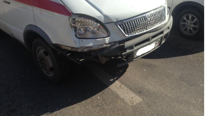 В Кисловодске произошло ДТП с участием скорой помощи