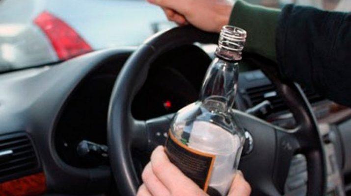 Нетрезвого несовершеннолетнего водителя сотрудники ГИБДД остановили в районе «Старого озера»