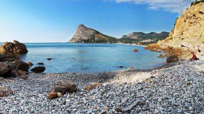 Отдых на пляжах Крыма стал одним из самых дешевых