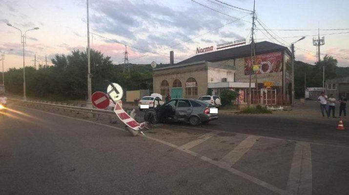 В ДТП в Пятигорске пострадали три человека