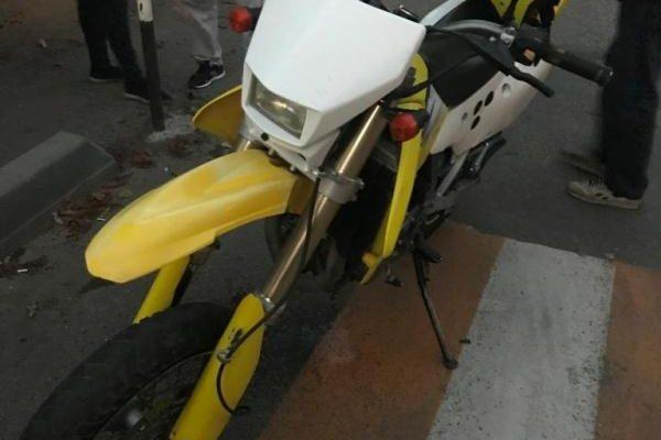 В Кисловодске 17-летний мотоциклист спровоцировал аварию с легковушкой
